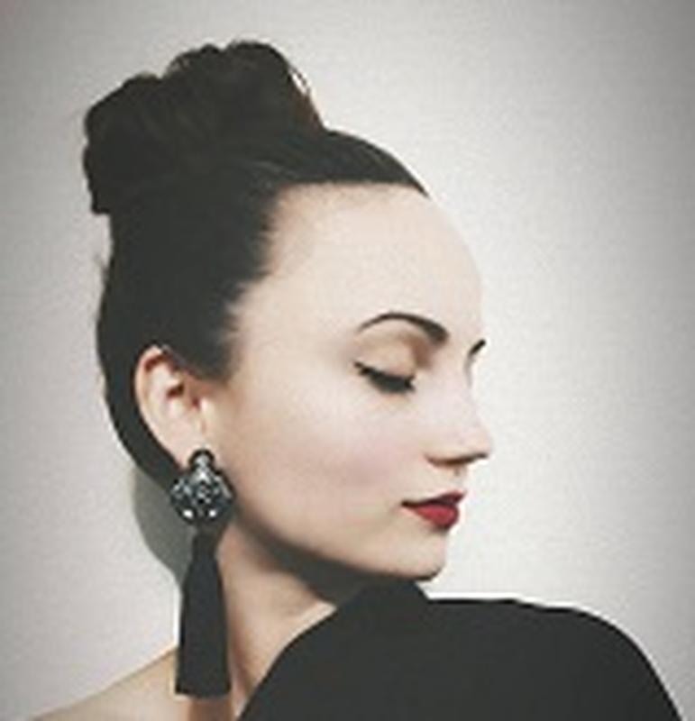 Elena Sh