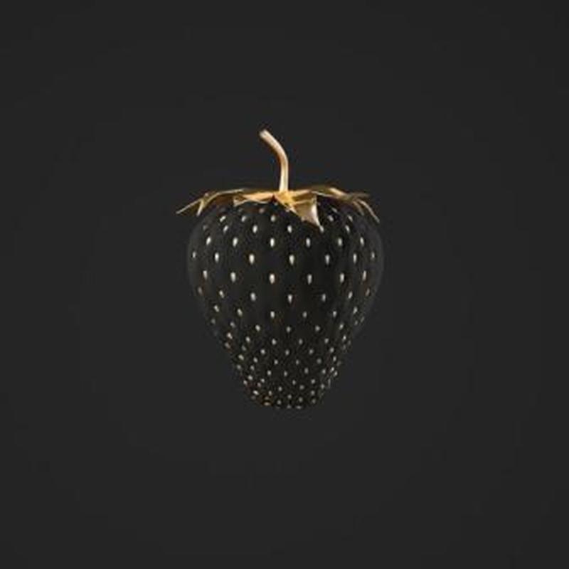 Black Srawberry
