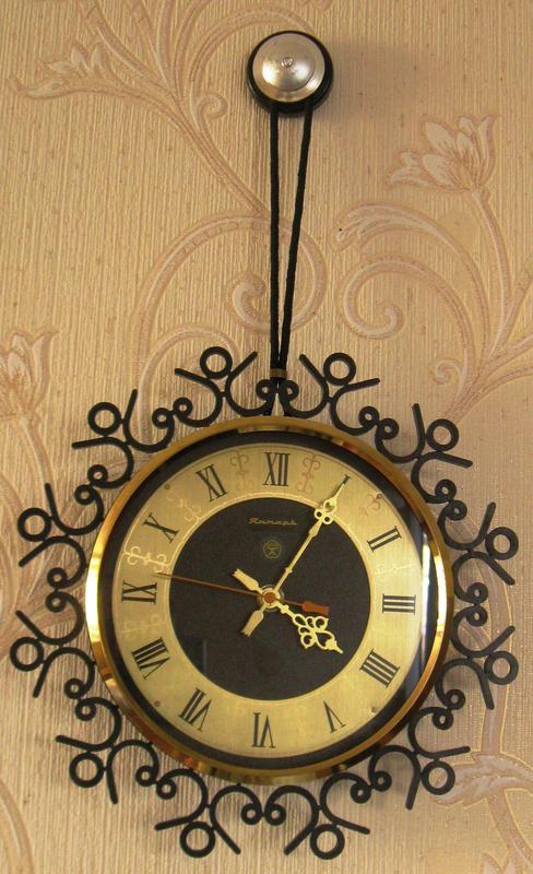 Часы стоимость ссср настенные женские касио стоимость часы