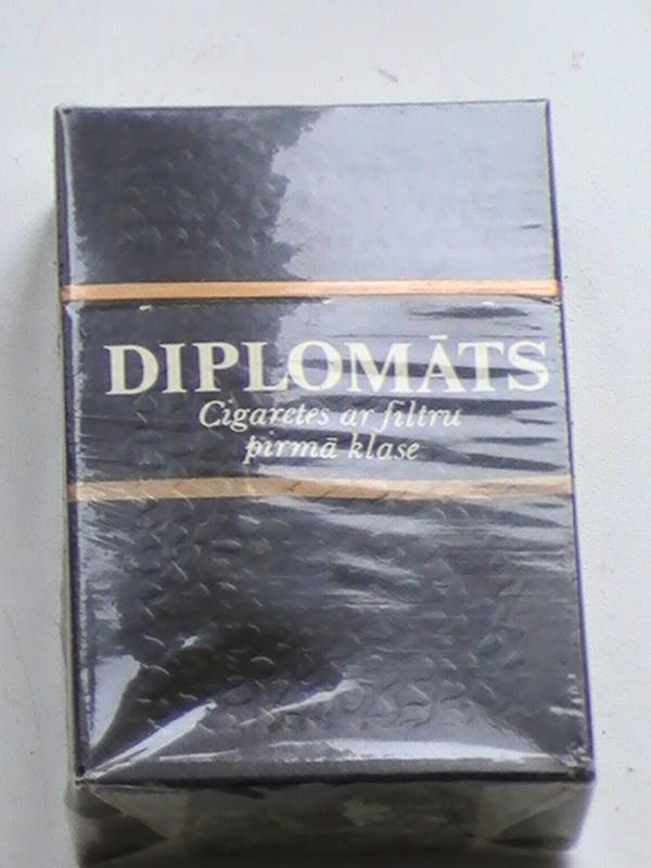 Купить сигареты дипломат заправка для электронных сигарет купить в омске