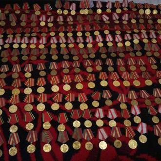 Немного Юбилейных медалей
