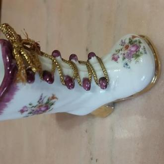 фарфоровий чобіток