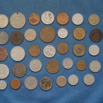 Набор монет для начинающих нумизматов  35 монет  4