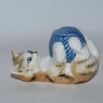 миниатюра фигурка кошка с клубком английский фарфор roly poly one of 12 cats of character fine bone
