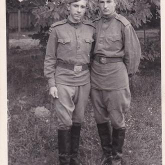 "Фото ,,Солдаты СА"" (г.Славута, 1966 год)."