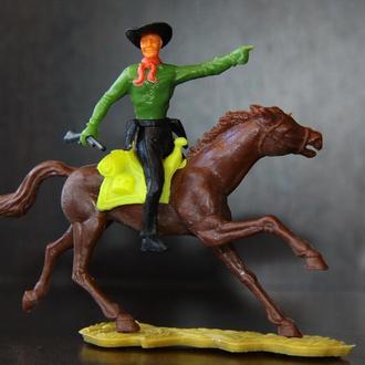 ковбой на коне ( CHERILEA ) 70мм