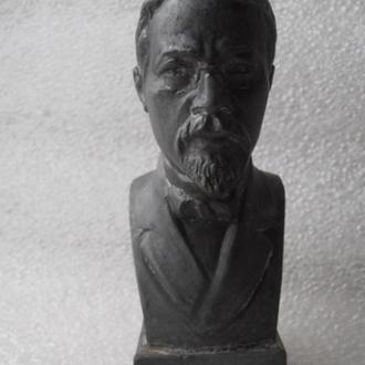 Бюст Чехов СССР