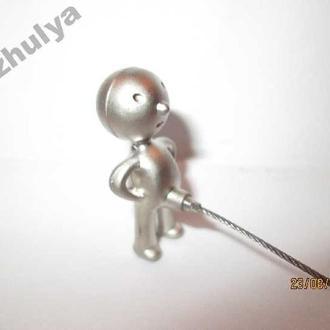 ОЧЕНЬ ПРИКОЛЬНЫЙ Брелок  для ключей ПИСАЮЩИЙ МАЛЬЧИК  сувенир мужчина и ключи на писюнчике