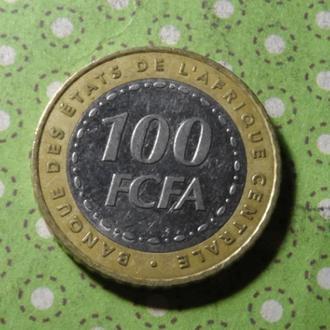 Западно Африканский Союз 2006 монета 100 франков биметалл !