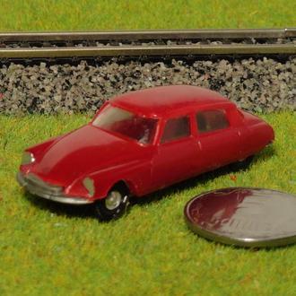 (1075) авто для макета ж/д в масштабе H0 (1:87)