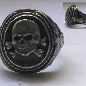 Кольцо с изображением ЧЕРЕПА. копия.