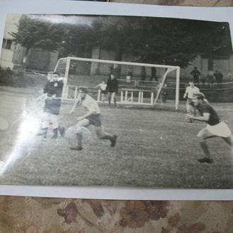 Фото команд играющих на Житомирском стадионе