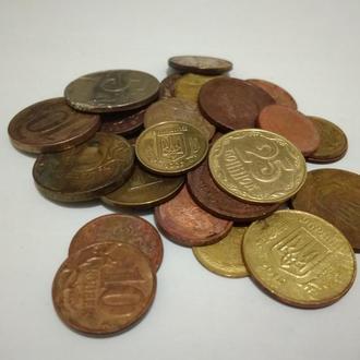 Лот на 32 монеты