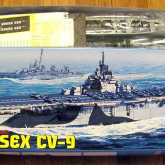 Dragon 1/700 7049 USS Essex CV-9