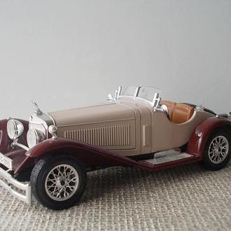 №372 Коллекционная модель старинного авто Мерседес Mercedes SSK Масштаб 1:24  Италия