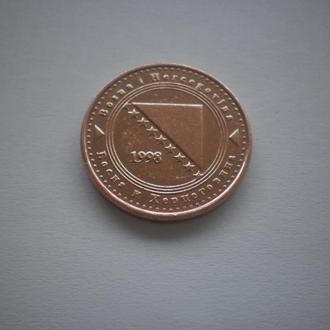 Боснія та Герцеговина. 10 фенінгів. 1998 рік. Відмінний стан. Дуже нечаста монета.