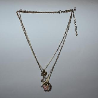 шикарное колье ожерелье 3 цепочки металл подвески роза ключик голубь винтаж