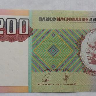 Ангола 200 кванза 2004 год.