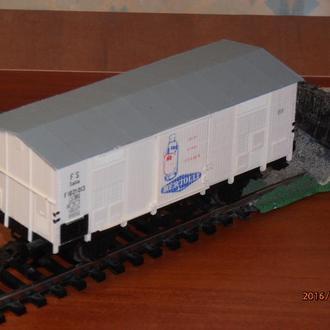 Товарный вагон  PIKO H0