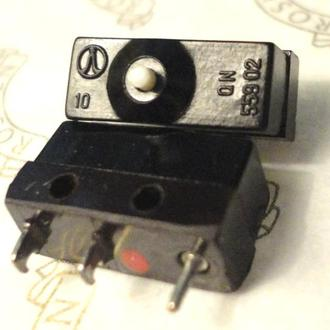 Микропереключатель для мыши новые 2 шт.