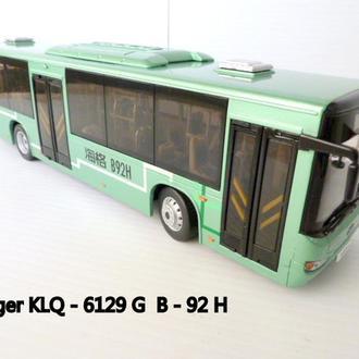 Модель. Автобус Huger-B92H 1:43