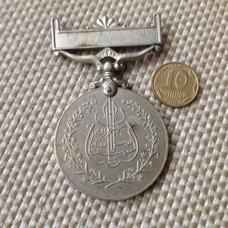 Медаль. Пакистан. Редкая.