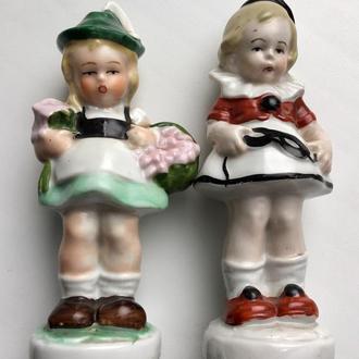 Девочка с маской и Девочка с цветами номерные Графенталь Германия