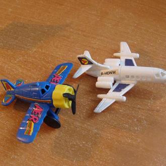 Игрушка, Киндер Сюрприз  самолет   Цена 12  грн за 1 шт.