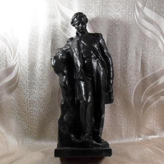 Статуэтка Лермонтов сплав тяжелого металла клеймо С плав алюминия. Шпиатр Завод Монумент Скульптура