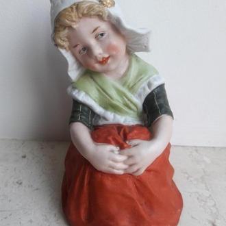 Девочка  Gebruder Heubach, братья Хойбах в г. Лихте, Тюрингия, Германия 1882-1915 годы.