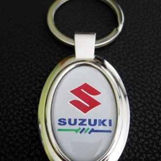Брелок Suzuki.