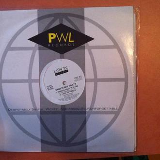 SHOOTING PARTY - I GO TO PIECES  12 дюймов сингл британской синт поп группы!