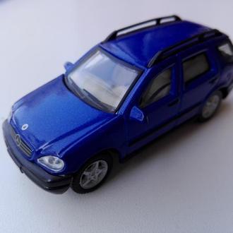 Mercedes-Benz M-Class. Cararama.