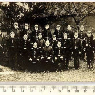 Старая фотография Пожарная команда Пожарные в униформе 1910-е Германия aP