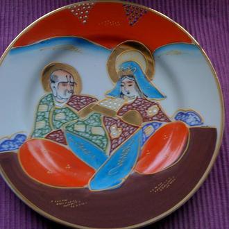 Старинная фарфоровая тарелка Япония