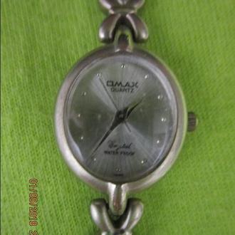 Часы кварцевые OMAX