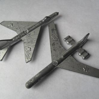 Модель игрушка самолет, военная техника СССР USSR олово СУ-7, ИЛ-62