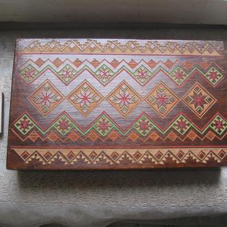 Шкатулка из дерева резная в народном стиле ( СССР)