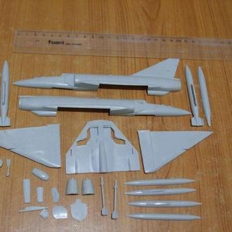Збірна модель літака Міраж-111 Є.Не комлект.