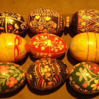 Колекція писанок етнорегіонів Зах.України