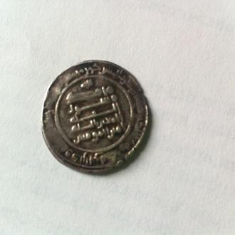 куфический дирхем ( ?)    серебро