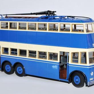 1/43 Троллейбус ЯТБ-3 (2-х дверный). Ultra Models.