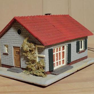 (1490) строение для макета в масштабе TT (1:120)