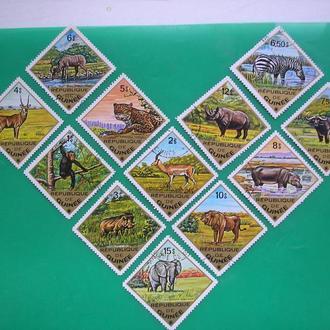 Гвинея 1975 Животные * полн. сер.