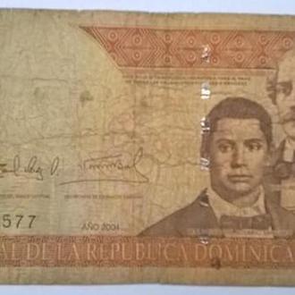 Доминикана 100 песо 2004г.