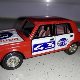 1/43 ВАЗ-2105 Ралли №43. Саратов 1980-е года. РАРИТЕТ.