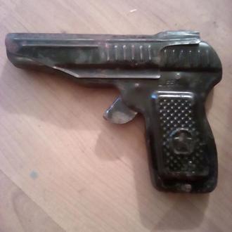 Пистолет на пистонах СССР цена 55 коп