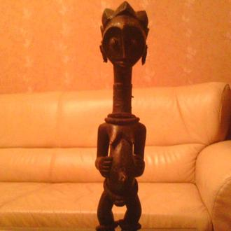 Аутентичная африканская статуэтка