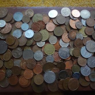 Большой лот Только Иностранные монеты с 1 гривны, без резерва.