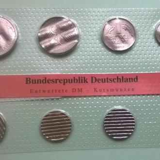 Набор 8 утилизированных монет ГЕРМАНИЯ ( до евро )